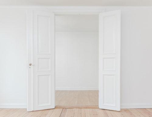 Renovar las puertas de casa con pintura
