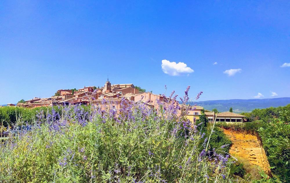 Roussillon en Provenza y campos de lavanda