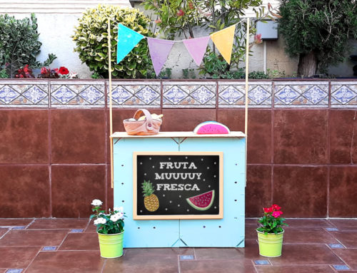Cómo hacer un puesto de mercado para niños con cajas de frutas