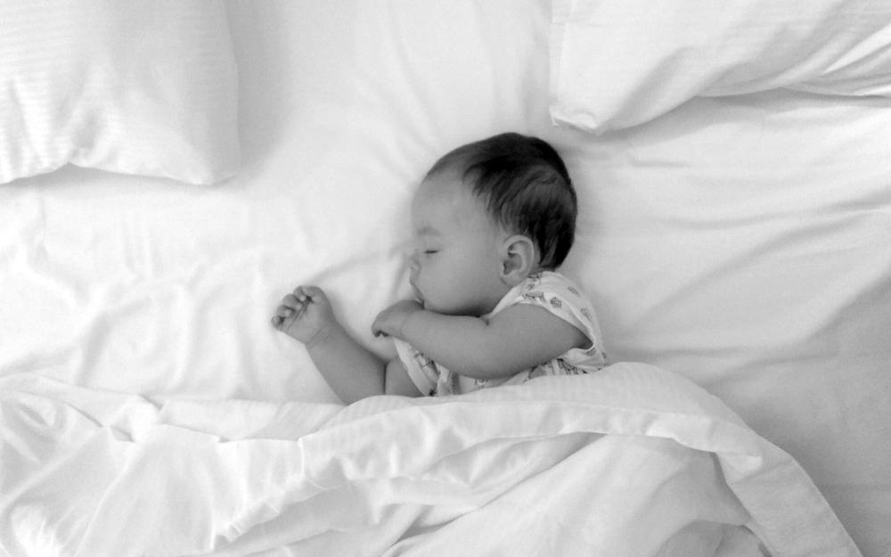 Dormir de un tirón con el método padre